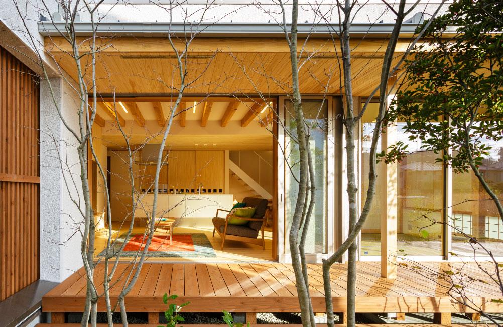 車寄せのある津島京町の家